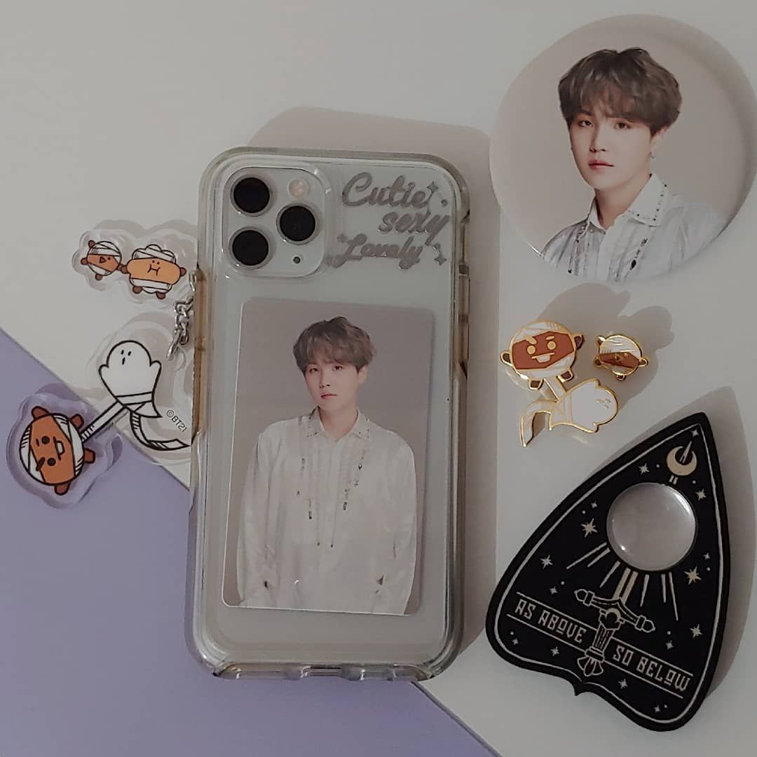 Yo On Instagram Happy Halloween I Left Seoul The 31st In The Afternoon And Went Back In Time To Celeb Diy Iphone Case Kpop Phone Cases Diy Phone Case