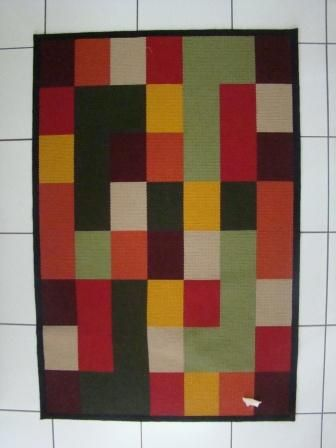 arraiolo geometric rug