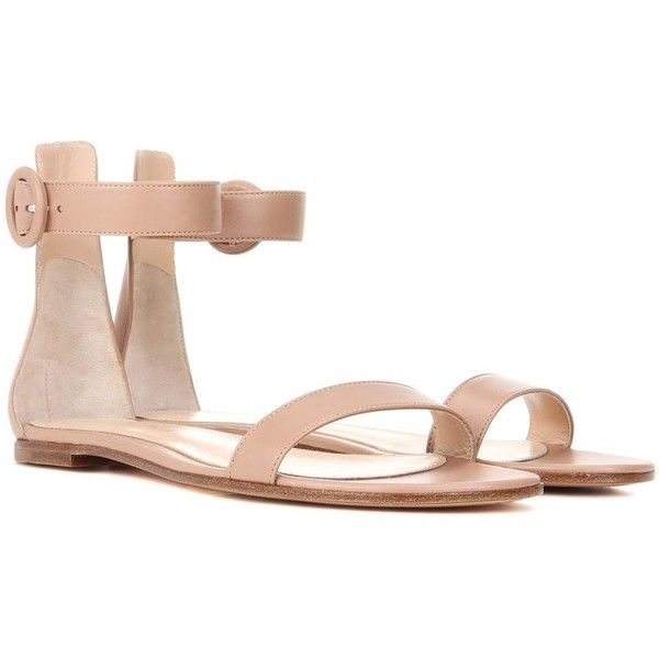 Gianvito Rossi Exclusive to mytheresa.com – Portofino Flat Leather... ($645) ❤ liked on Polyvore featuring shoes, sandals, neutrals, nude sandals, genuine leather shoes, flat sandals, gianvito rossi and gianvito rossi shoes