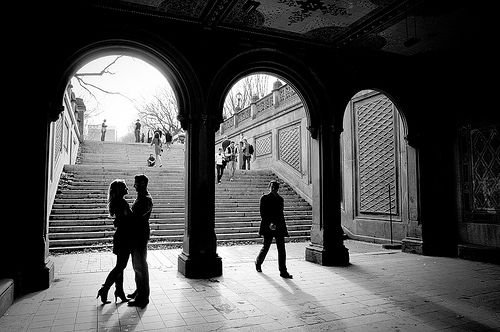 Shoot a Silhouette Engagement Photo Ideas