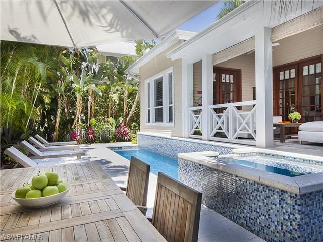Pool Lanai And Back Porch   Olde Naples Beach House On 7th Street South    Naples