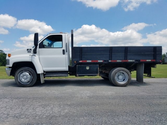 2006 Chevy C5500 Diesel Flatbed Truck Trucks For Sale Trucks Commercial Vehicle