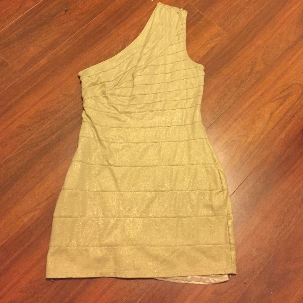 Express off the shoulder gold dress sz s