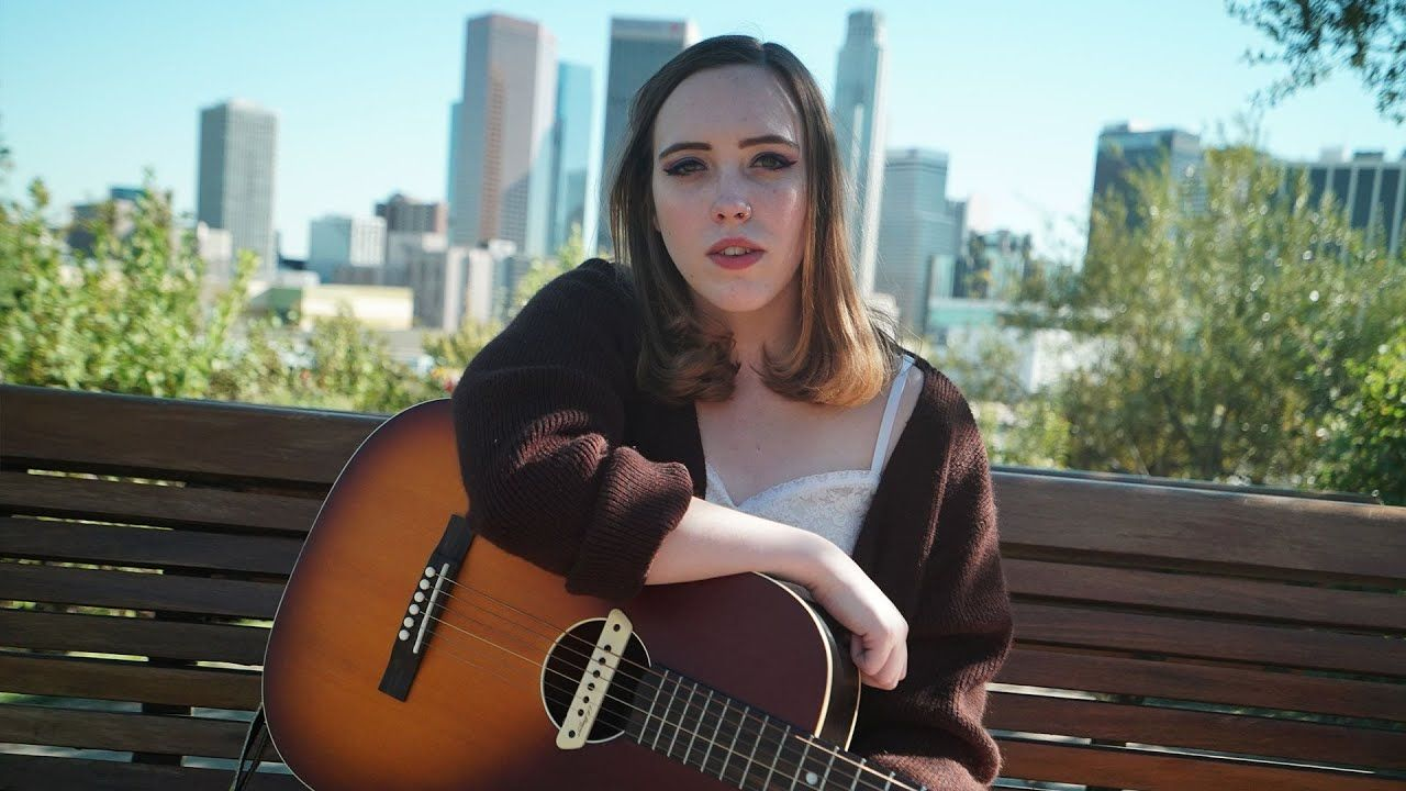 Noisey Acoustics Still Clean Soccer Mommy Mommies Acoustic Soccer