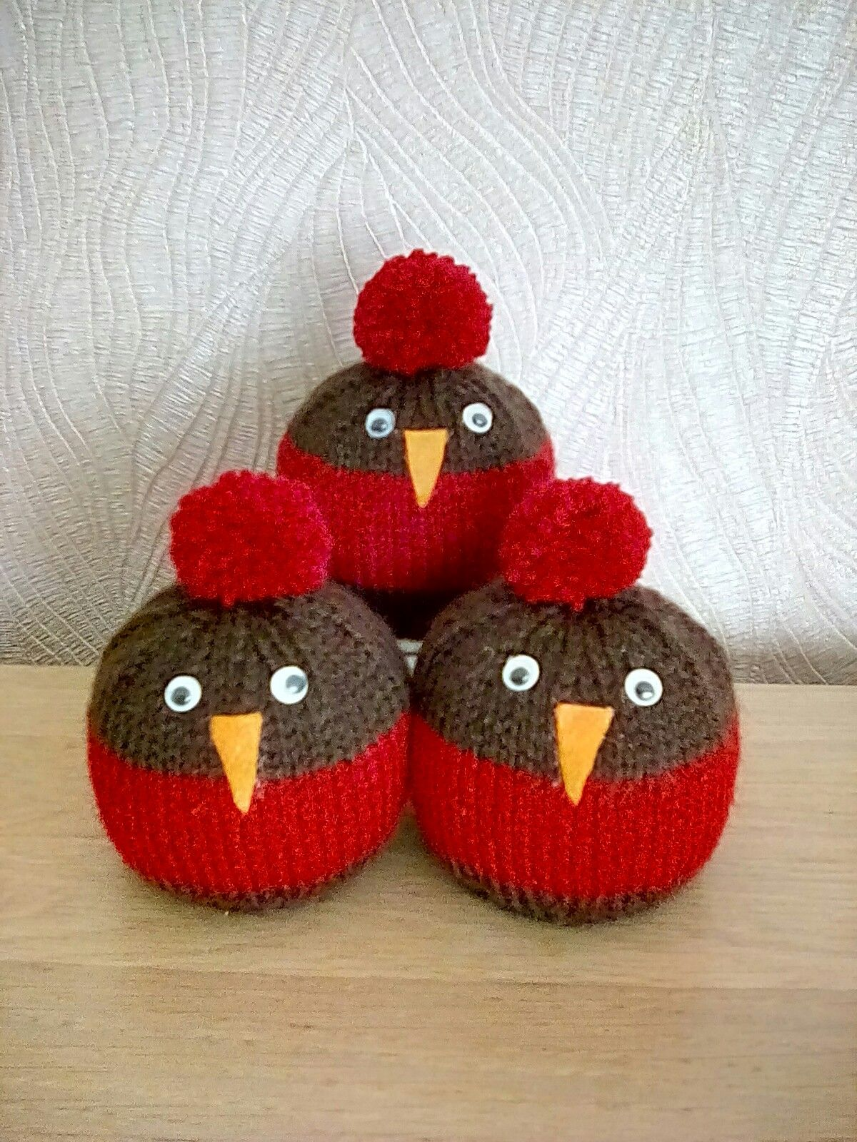 REINDEER  CHOCOLATE ORANGE COVER  KNITTING PATTERN /& CRAFT KIT FOR MAKING TWO