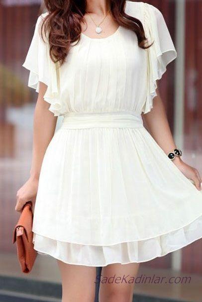 2019 Beyaz Şifon Elbise Modelleri Kısa Geniş Yaka Kısa Kollu Fırfır Detaylı