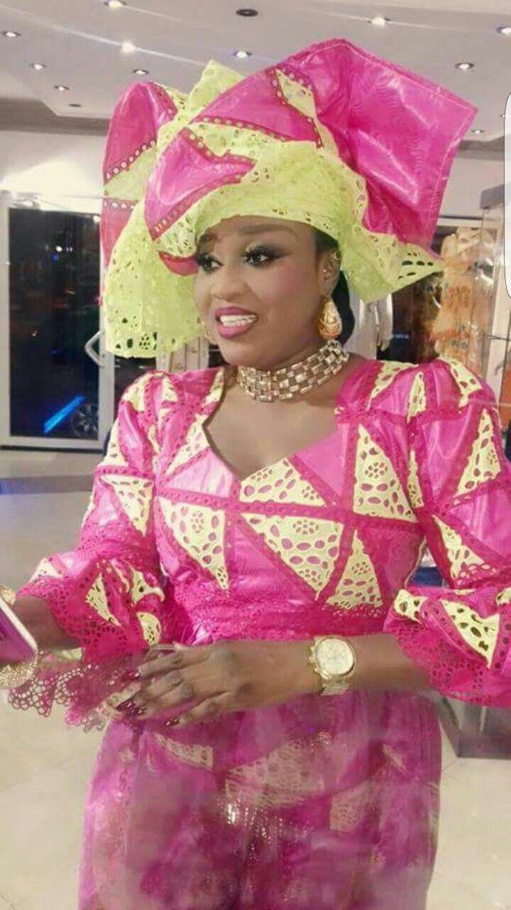 Pin de Araba K en Africains broderie   Pinterest   Vestidos de mujer ...