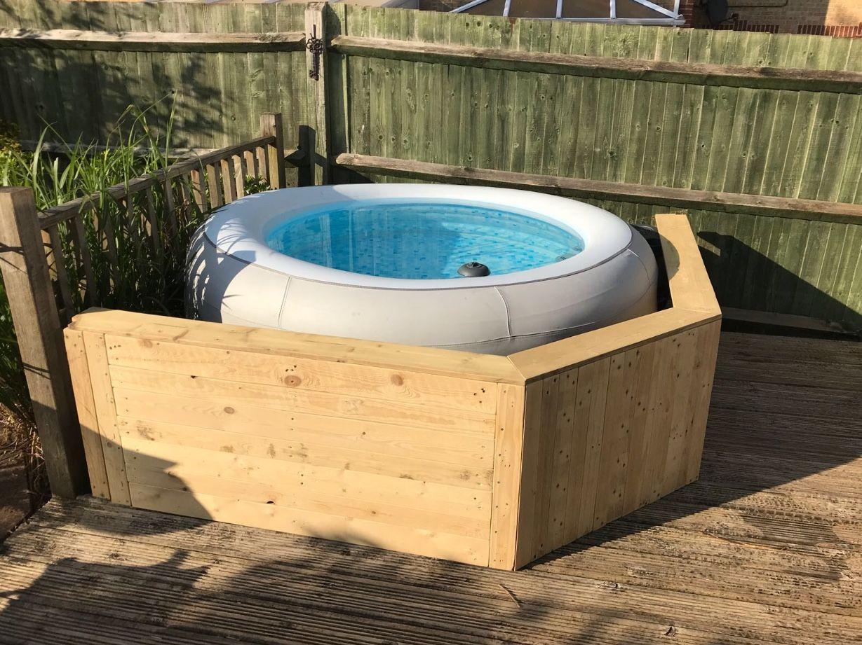 Hot Tub Pallet Surround