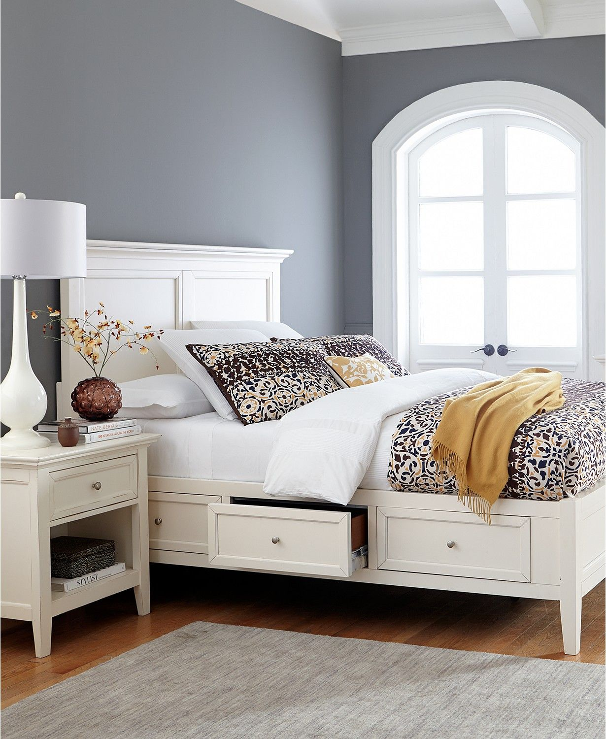 Best Sanibel Storage King Bed Created For Macy S Off White 640 x 480