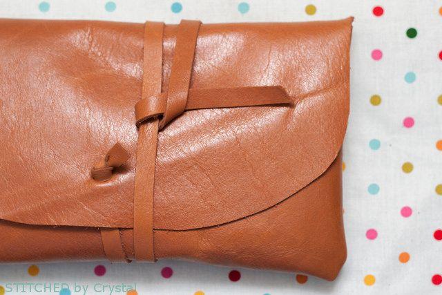 Diy Une Pochette En Cuir Diy Accessories Leather Sewing Diy