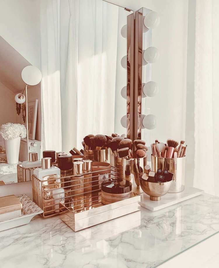Decorating Inspiration 4 tips for organizing your vanity