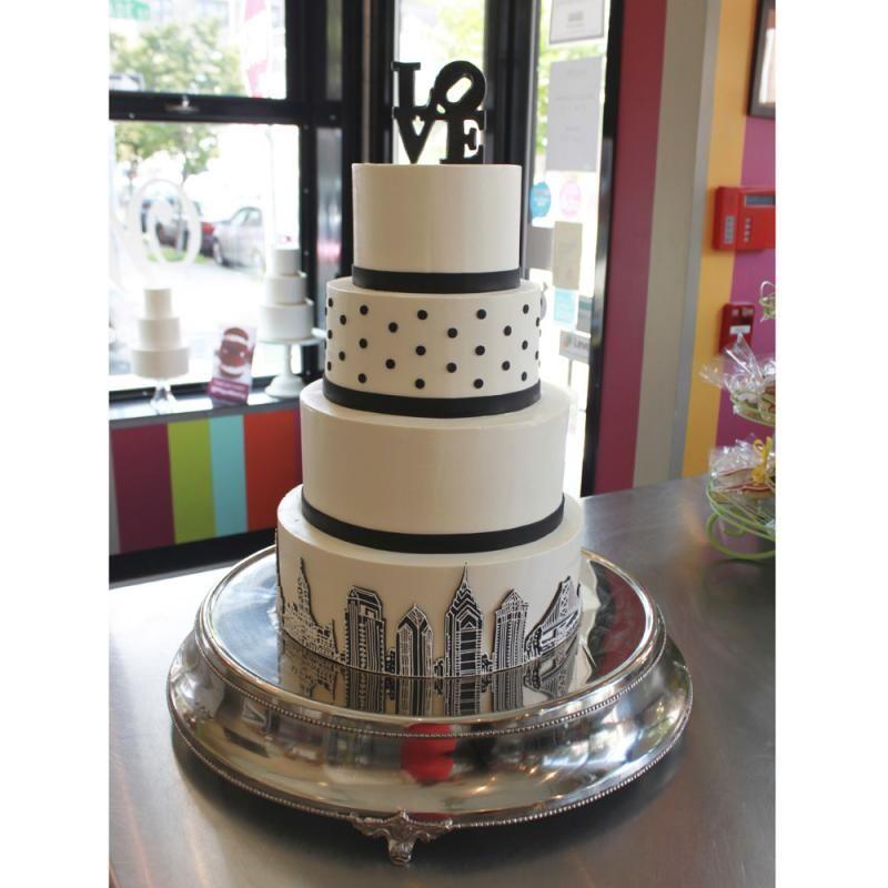 Whipped bake shop phila philadelphia skyline wedding cake whipped bake shop phila philadelphia skyline wedding cake junglespirit Image collections