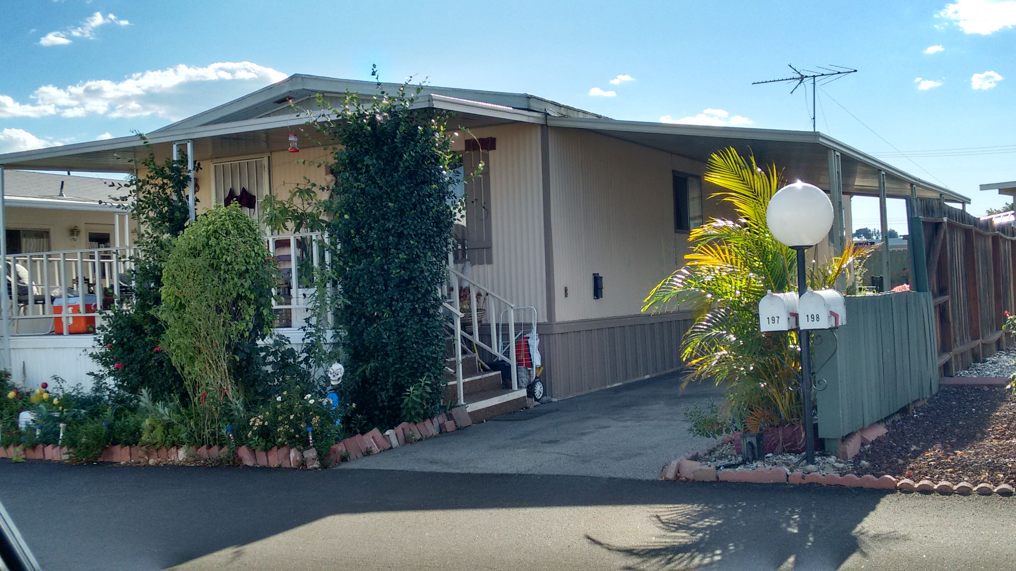 Imperial Manufactured Home For Sale In Chatsworth Ca Mobile Homes For Sale Manufactured Home Ideal Home