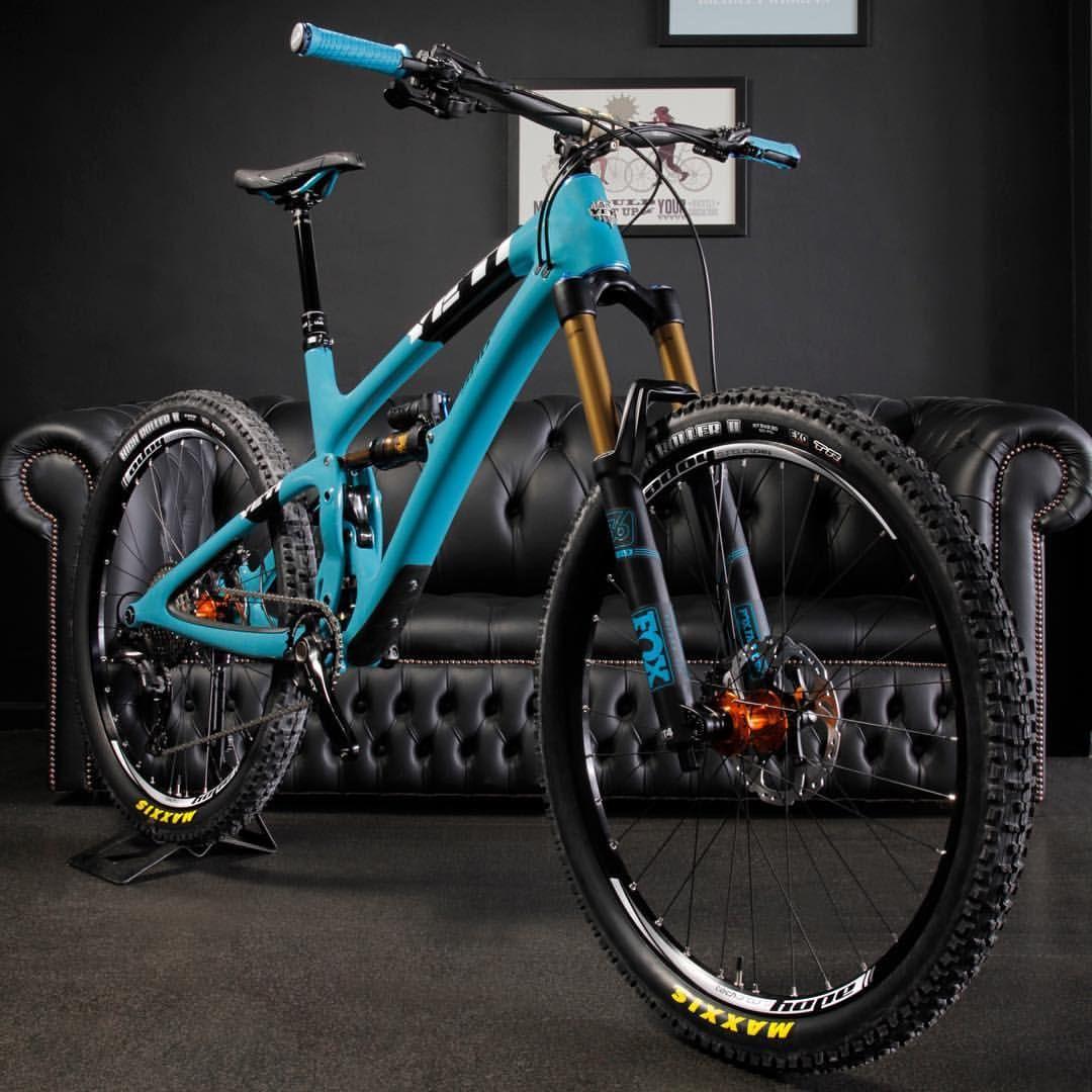Pin By Ferdy Martono On Dream Bike Best Mountain Bikes Cool