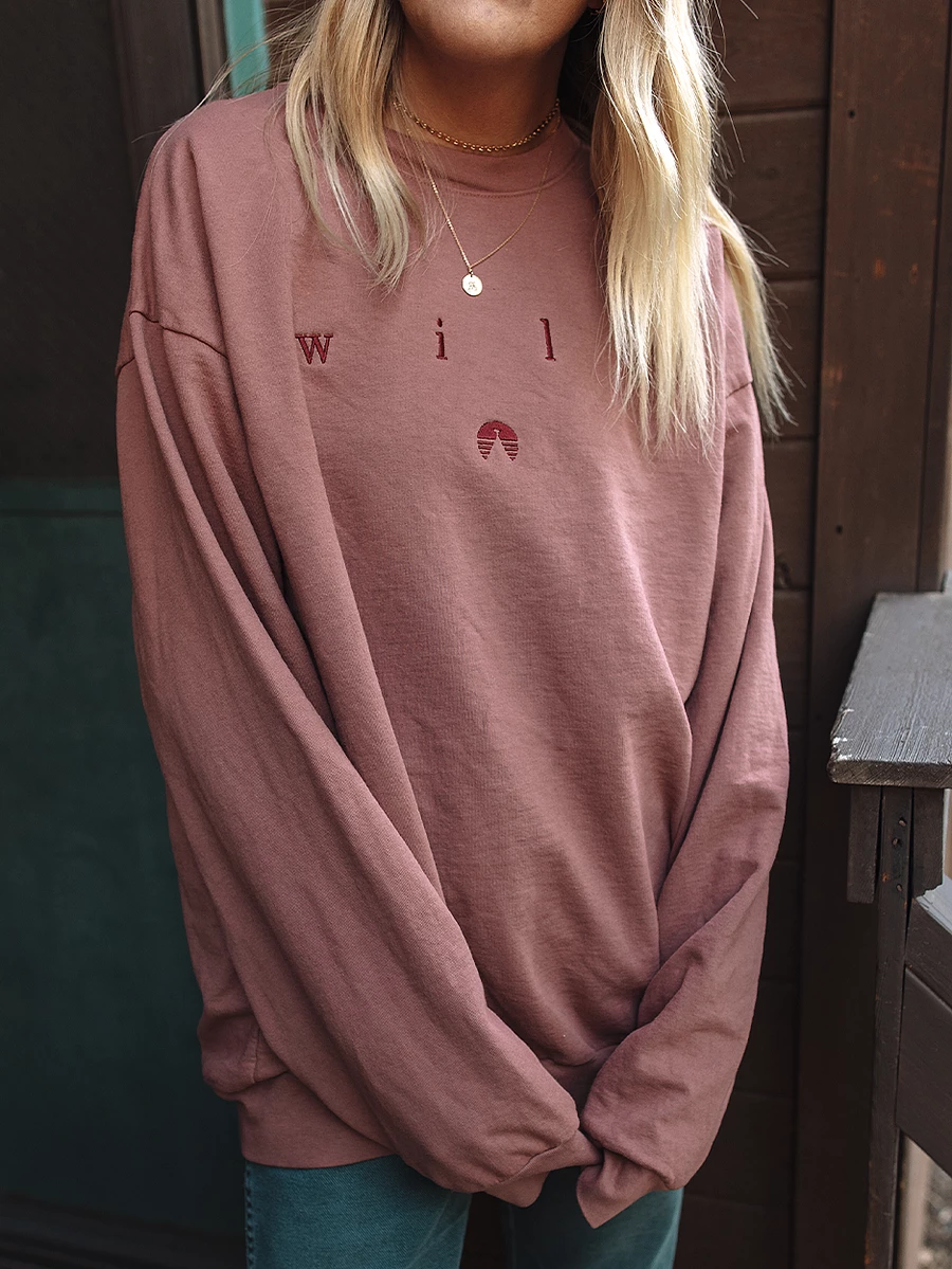 Oversized Crewneck Sweatshirt With Embroidery Courtney Is 5 7 And Wearing Size Large F Vintage Crewneck Sweatshirt Crewneck Outfit Crewneck Sweatshirt Outfit [ 1199 x 900 Pixel ]