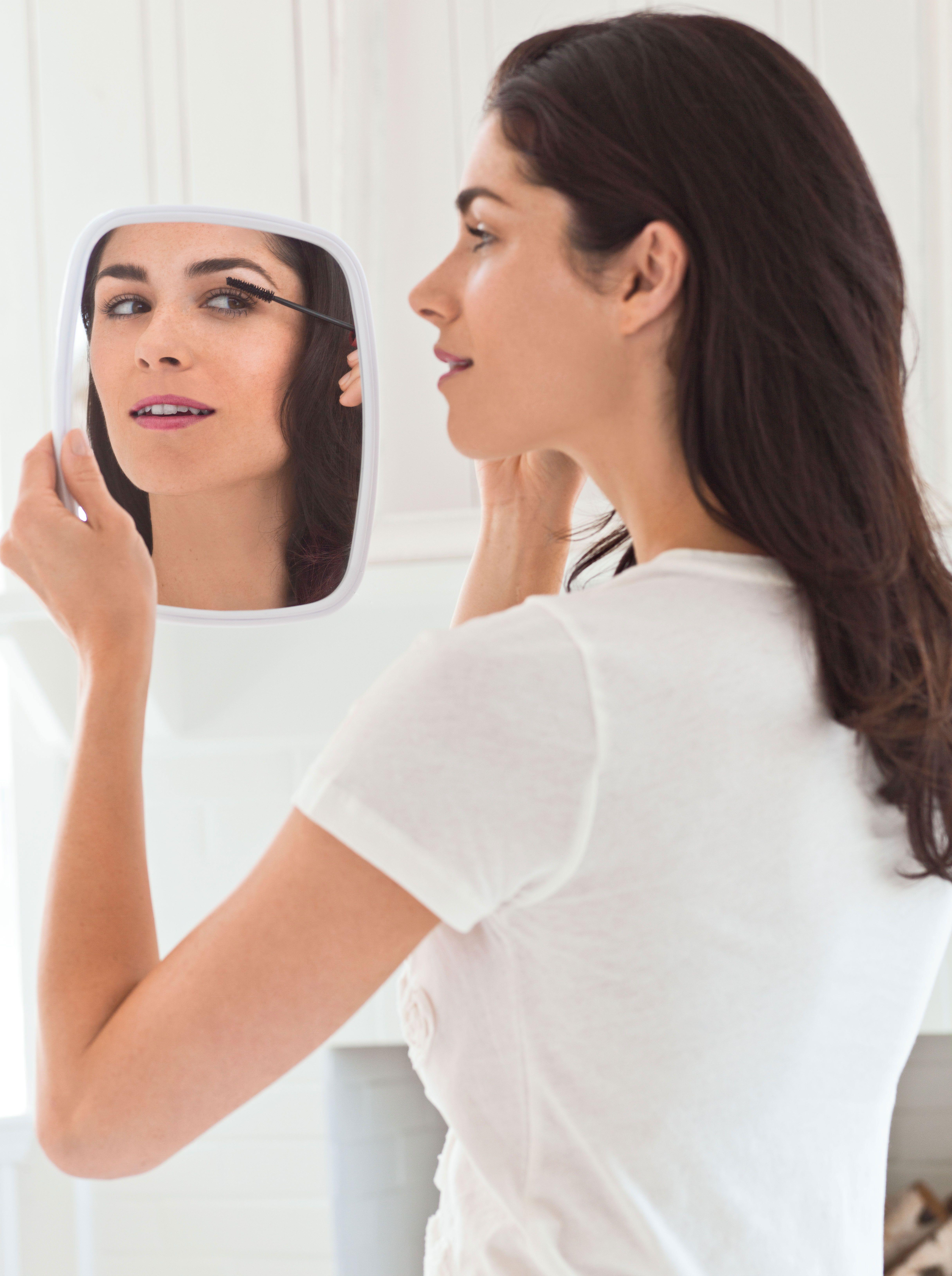 5 Minute Makeup Tips 5 minute makeup tips, Hair beauty