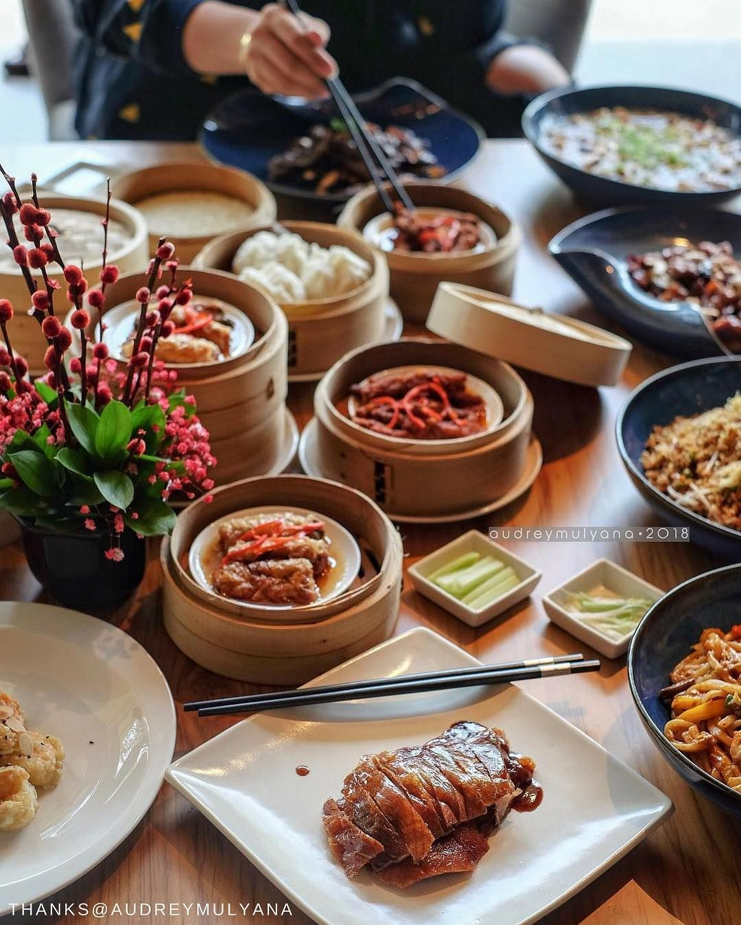 Dim Sum To Your Heart S Content At Our Authentic Chinese Restaurant In Jakarta Shangrilajkt Audreymulyana Fro Savoury Dishes Chinese Restaurant Dim Sum