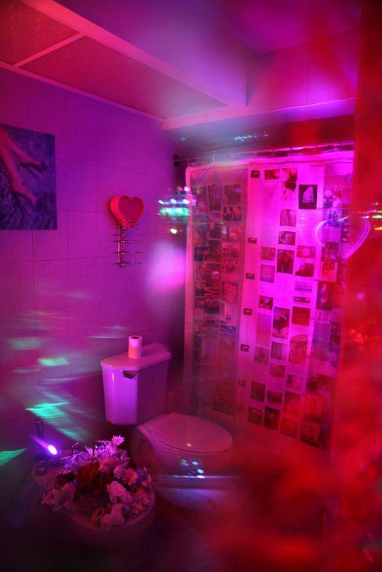 Vaporwave Room: Motelscape--Marina Fini, Signe Pierce