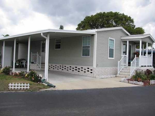 2013 Palm Mobile Manufactured Home In Orlando Fl Via Mhvillage Com Mobile Home Porch Carport Designs Remodeling Mobile Homes