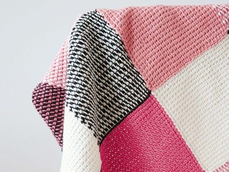 diy anleitung patchwork babydecke tunesisch h keln via diy. Black Bedroom Furniture Sets. Home Design Ideas