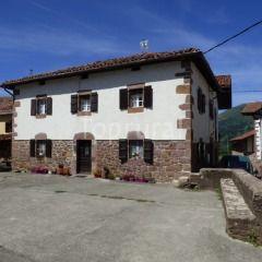 Barazabal casas rurales alquiler ntegro erratzu baztan navarra espa a vacation places to - Casas rurales cataluna alquiler integro ...