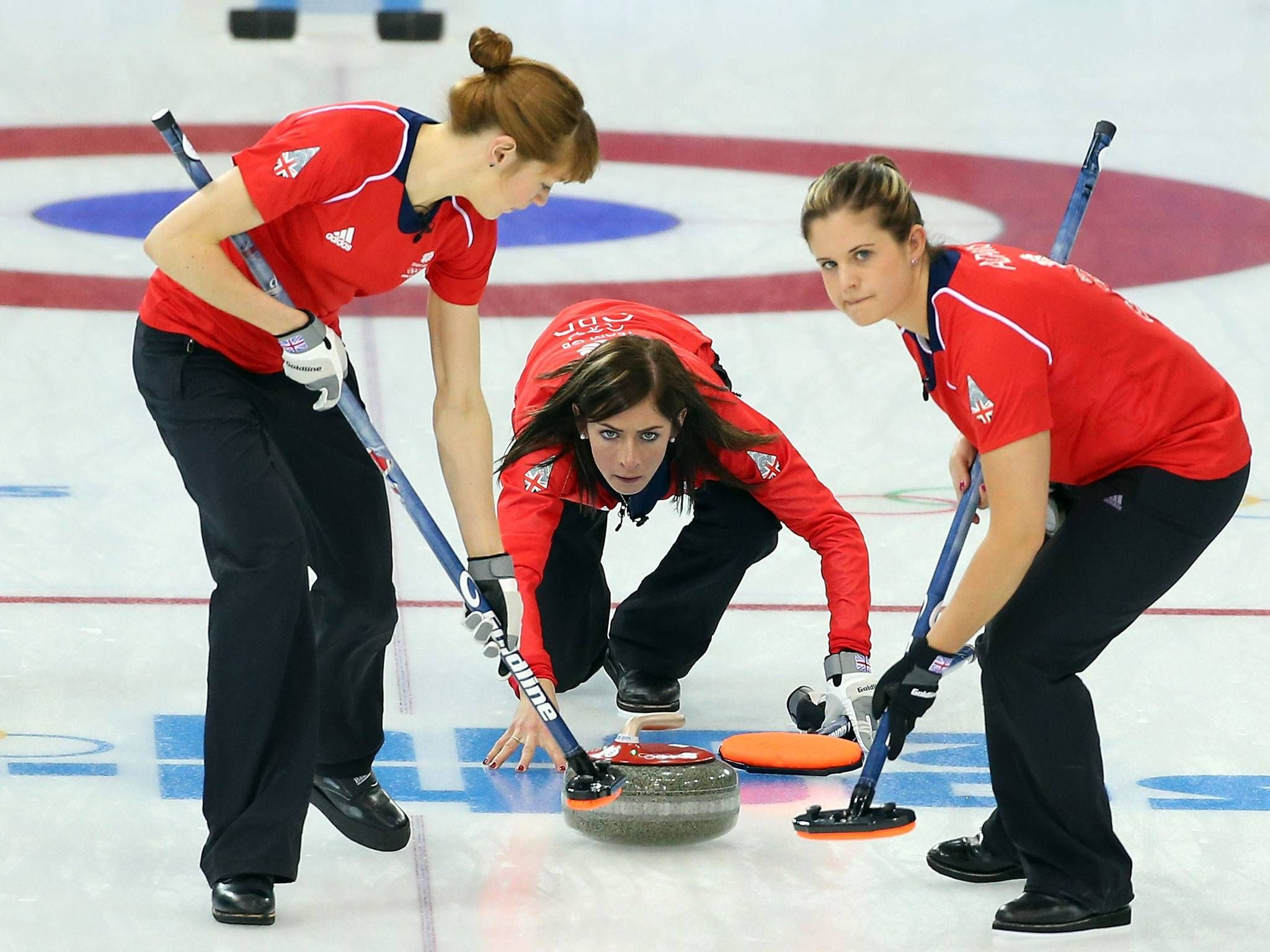 Winter Olympics 2014: Great Britain's women's curling team record second rout with emphatic 12-3 win over Japan