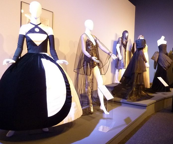 "Free on Wednesdays til Nov 14 -- ""Il Teatro Alla Moda"" at the Wallis Annenberg Center For Performing Arts temp space"