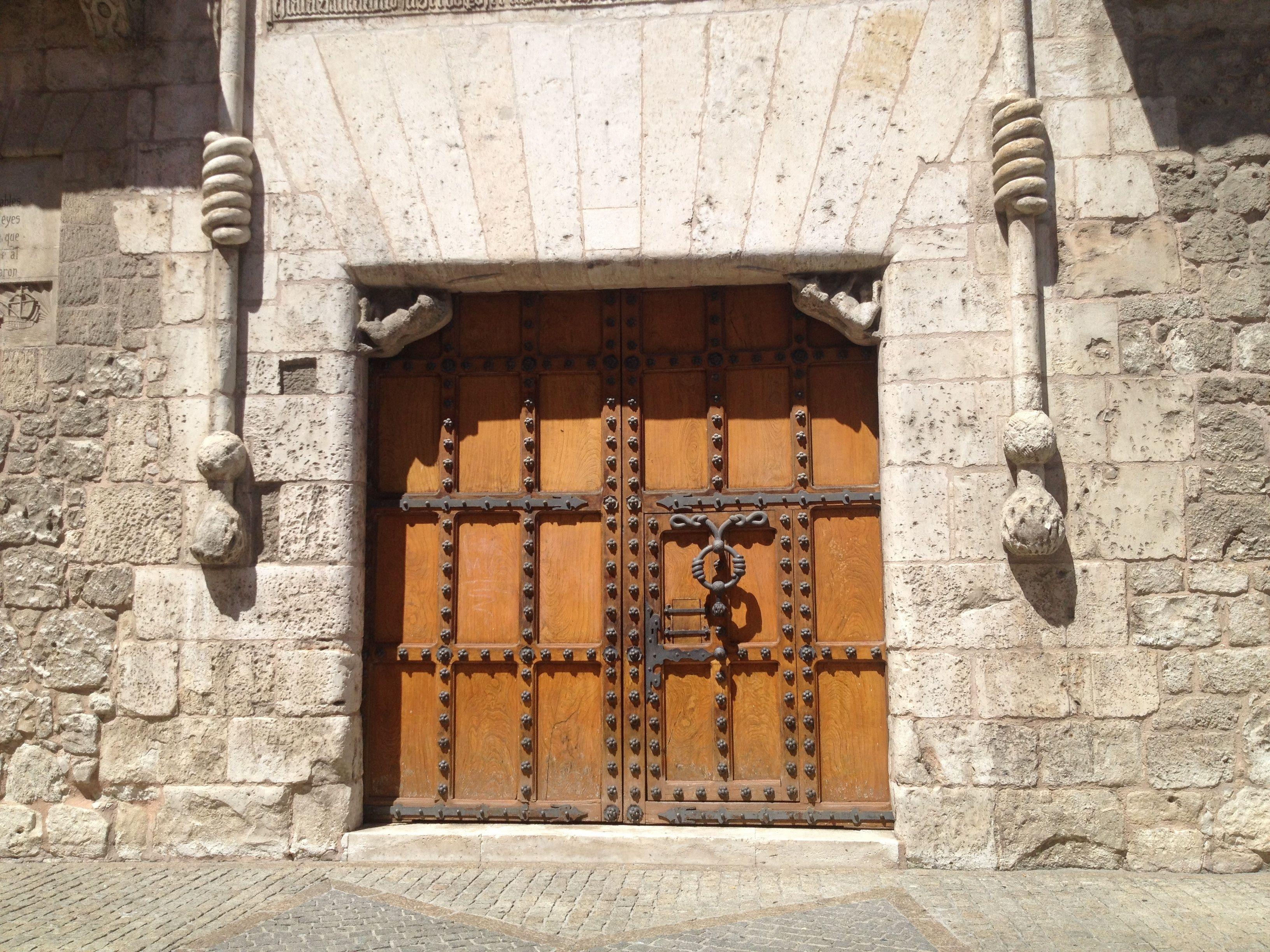 Puerta casa del Cordón , Burgos España