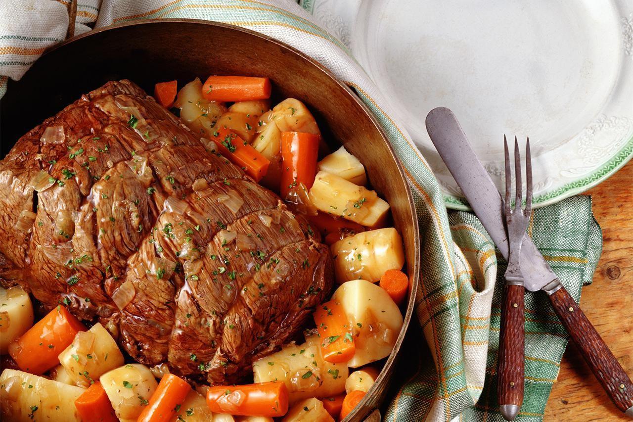 How To Make A Classic Beef Pot Roast Pot Roast Recipes Pot Roast Recipes
