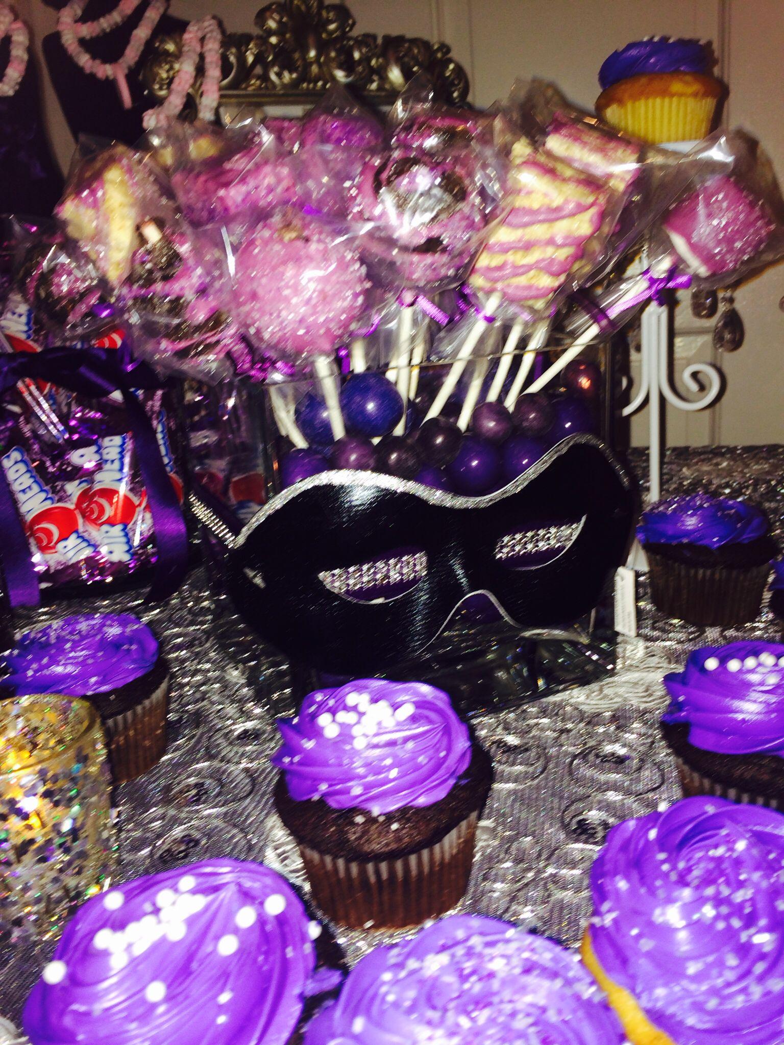 Masquerade desert table