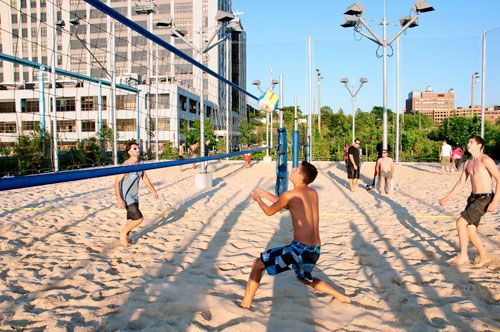 A Walk In The Park Brooklyn Bridge Park Pier 6 Pay To Play Has Begun Limiting Free Rec Time In 2020 Brooklyn Bridge Park Beach Volleyball Court Brooklyn Bridge