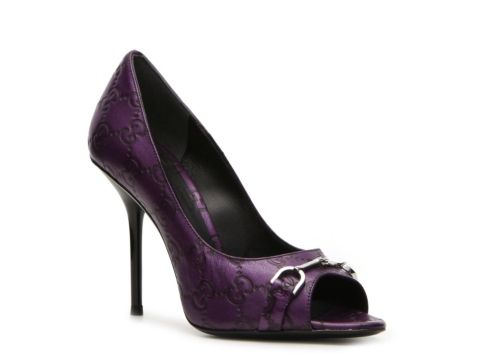 a6fcecdacc3d i sssssssooo wish i could afford these.... Gucci Embossed Leather Horsebit  Pump  LUX810  DSW
