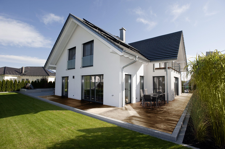 Modernes Holzhaus modernes holzhaus mit holzterrasse holzhaus holz putzfassade