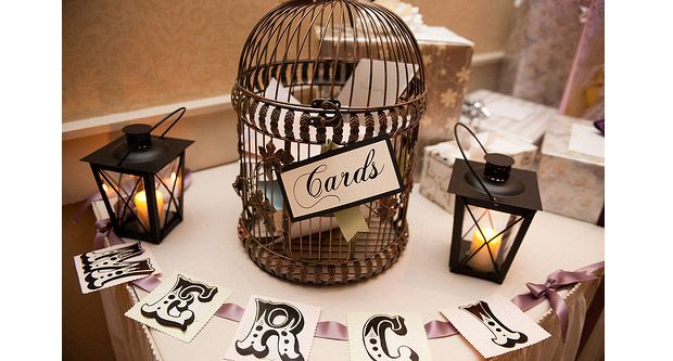 Who Do You Give Gifts To At Your Wedding: Do You Need A Gift Table At A Wedding?