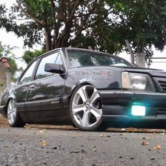 Chevrolet Monza Rebaixado Aro 17 Roda Bmw X6 Rebaixados