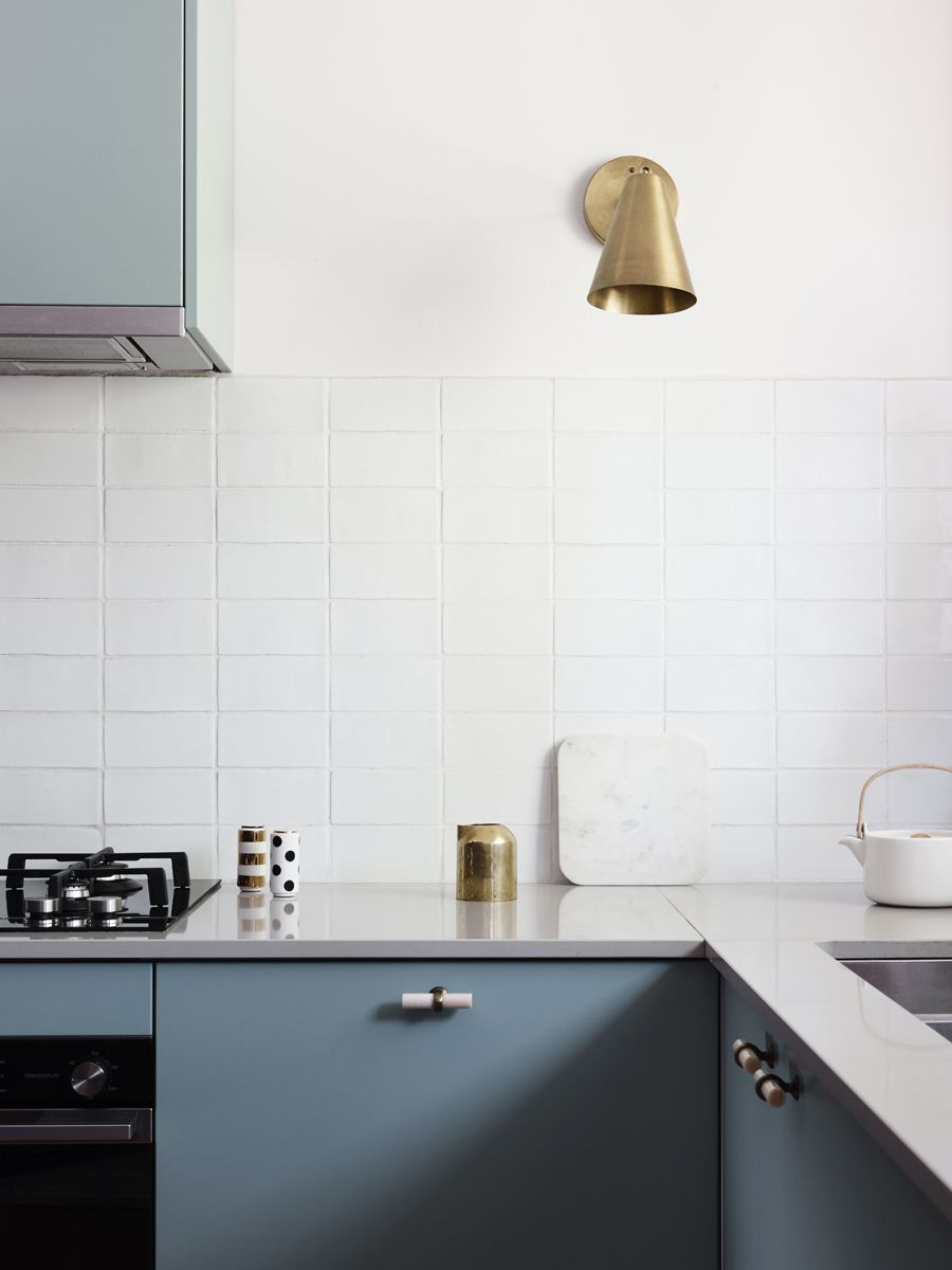 Tiles kitchen cabinets