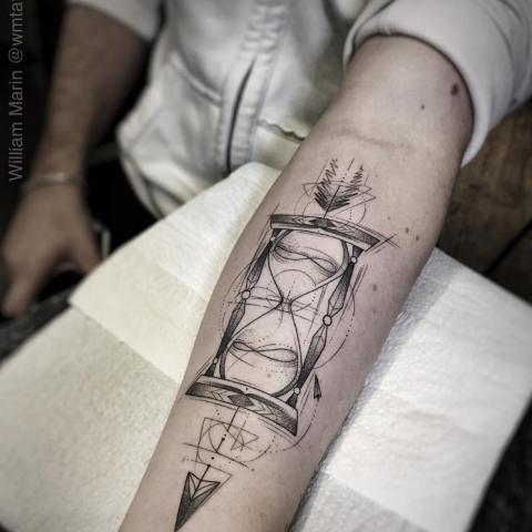 Geometric Tattoos Hourglass Tattoo Geometric Tattoo