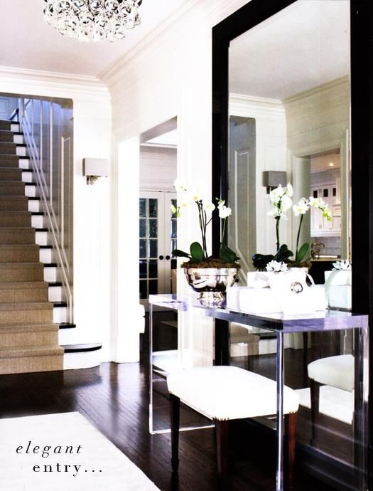 Elegant Hallway - Homeclick Community