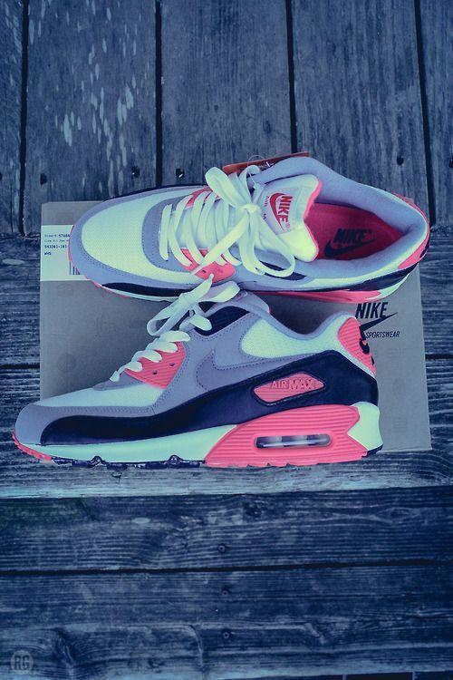 12cc0a01e7a sneakers
