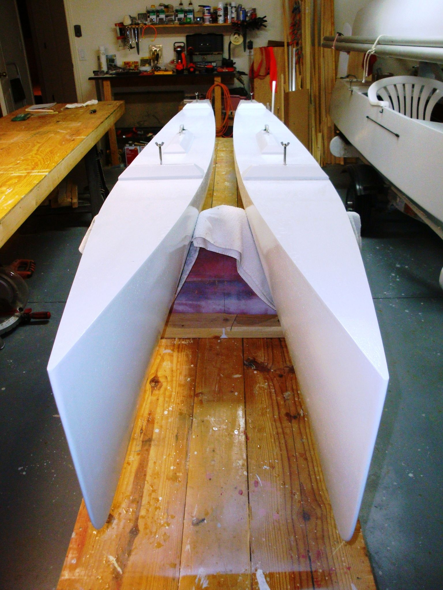 Do It Yourself Home Design: Do-It-Yourself Small Trimarans