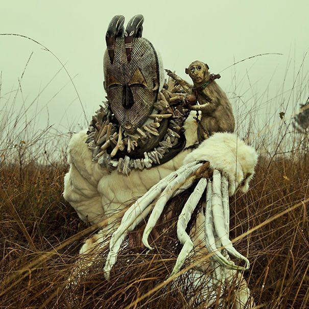 Surreal world of imagination, nightmares and taxidermy | Bored Panda