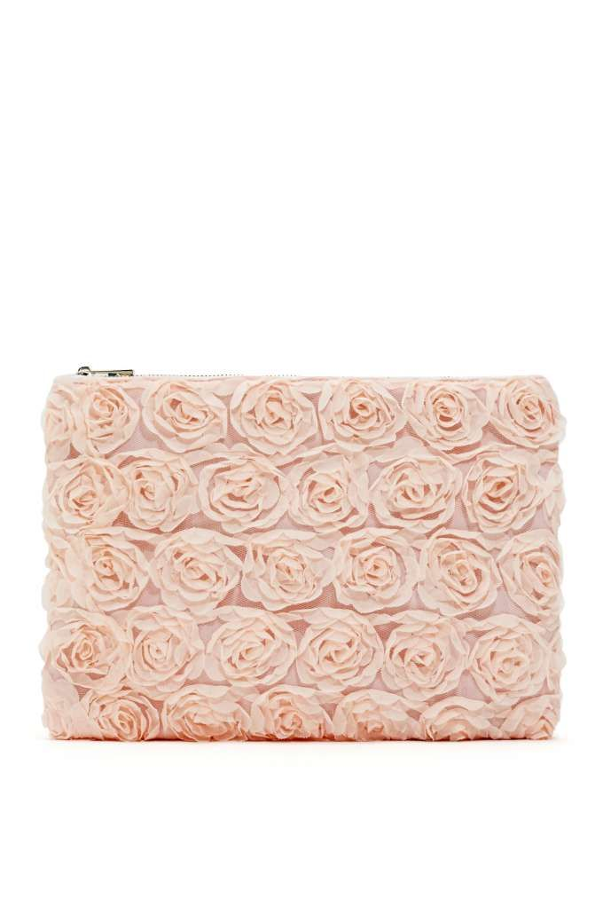 Blushing Out Clutch | I need! | Pinterest | Spring and Bag