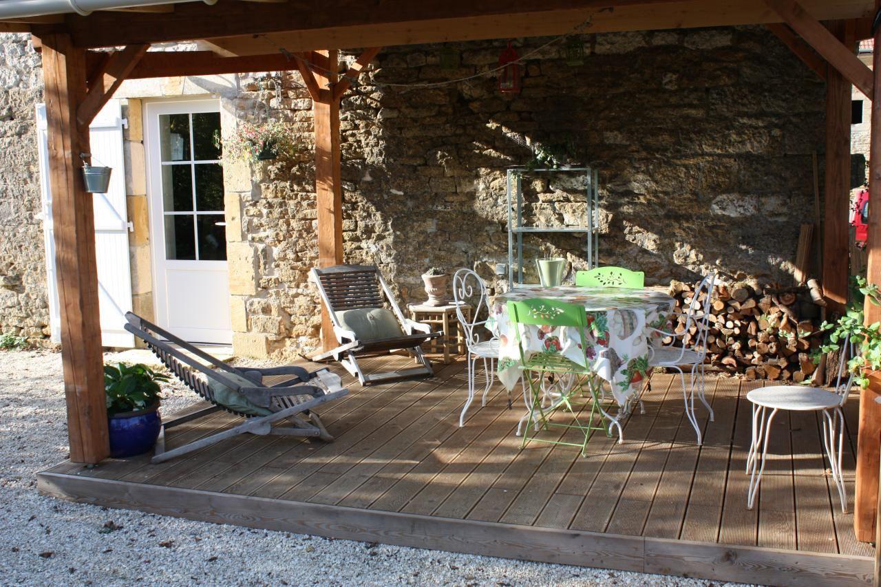 La terrasse couverte du g te la marquise dans les for Extension terrasse couverte