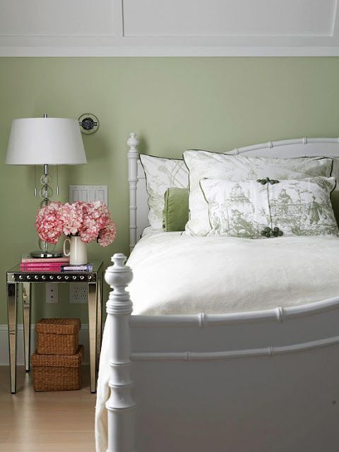 Cheerful Summer Interiors: 49 Astounding Fresh Summer Bedroom Designs : 49 Astounding Fresh Summer Bedroom Designs With White Green Wall Bed Pillow Blanket Nightstand Lamp Flower Decor And Hardwood Floor With Wooden Beams
