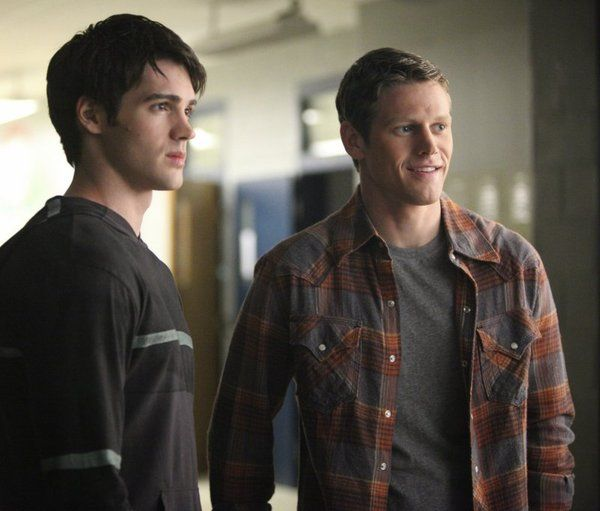 Steven R. McQueen hot pic - Steven R. McQueen sexy photo - Steven R. McQueen and Zach Roerig in The Vampire Diaries picture #23 of 57