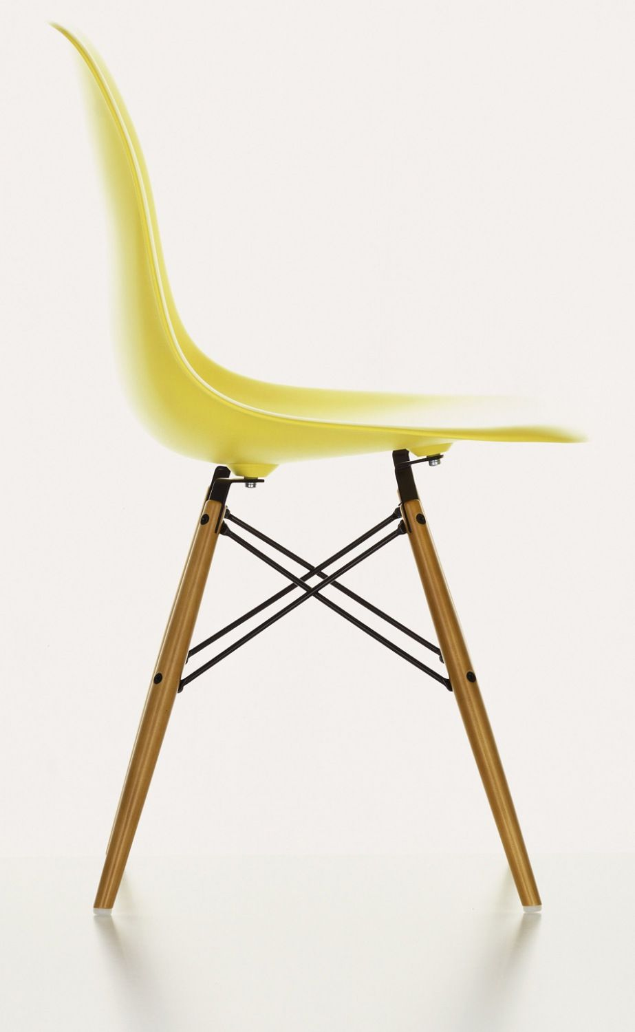 vitra eames side chair in yellow