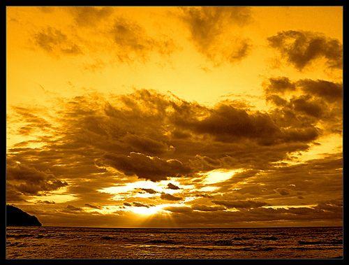 Espectacular cielo en el Mediterráneo