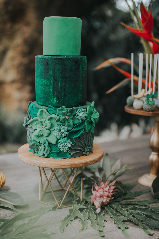 Green wedding cake green wedding cake emerald wedding