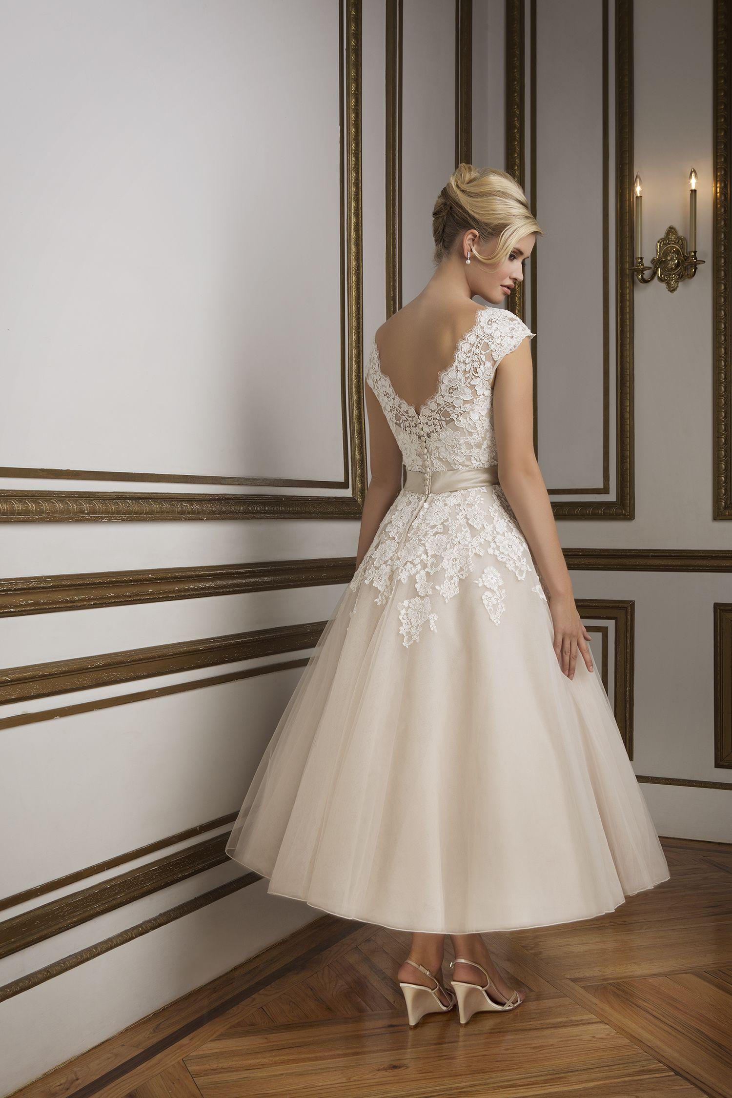 Kurze Brautkleider | Wedding, Wedding dress and Wedding stuff