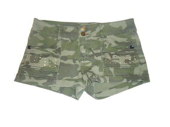 Green Camouflage Studded Shorts Juniors Clothing Size 9
